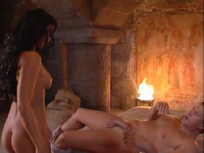 porno-filmy-v-cestine-erotika-v-soukromi-s-christinou-bellou-porno-film-czdab-novinka.avi