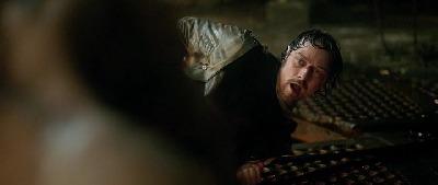 Viktor_Frankenstein_2015_Novinka_CZ_dabing_Drama_Horor_Sci-Fi_vyborna_kvalita.avi